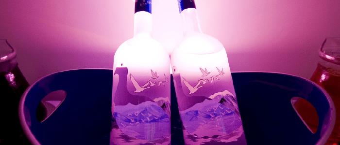 2 botellas de vodka para hacer cocteles
