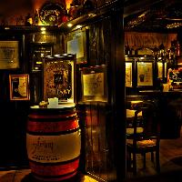 beczki w whiskey